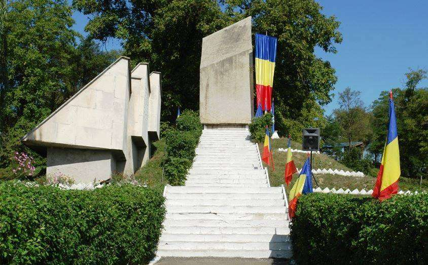treznea monument