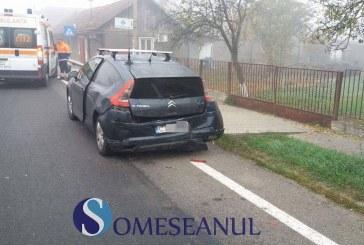 Două mașini implicate într-un accident la Iclod – FOTO