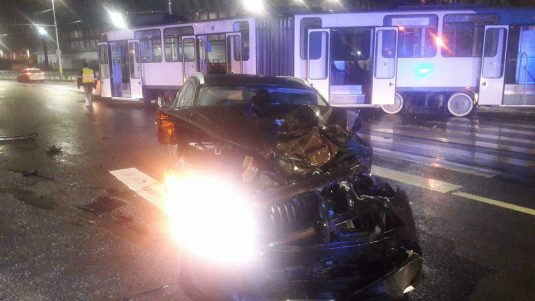 accident tramvai bmw cluj