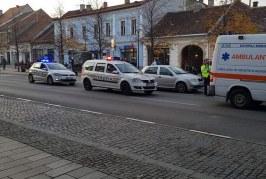 Un hoț care s-a pus rău cu divinitatea a fost lovit de o ambulanță – VIDEO