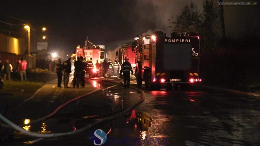 incendiu-pompieri-tigani-cantonului-cluj