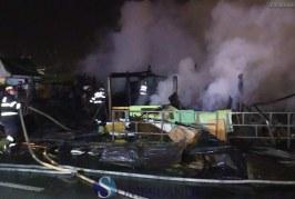 Incendiu de proporții la Cluj-Napoca. Peste 30 de persoane vor dormi sub cerul liber în prag de iarnă – VIDEO