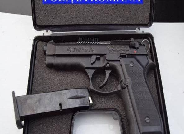 perchezitii cluj pistol