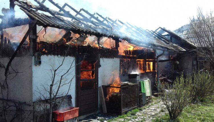 someseanul-incendiu gospodarie Rusu Bargaului