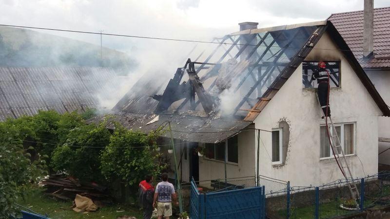 incendiu_acoperis_(5)