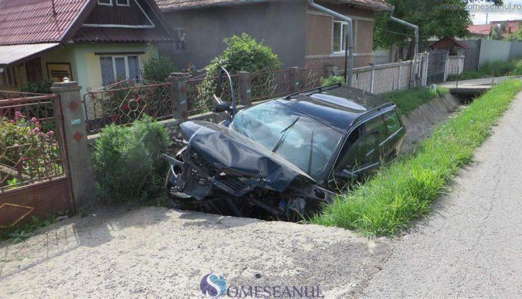 accident masina sant bunesti