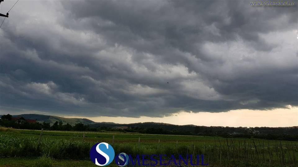 someseanul-furtuna cod meteo ploi (1)