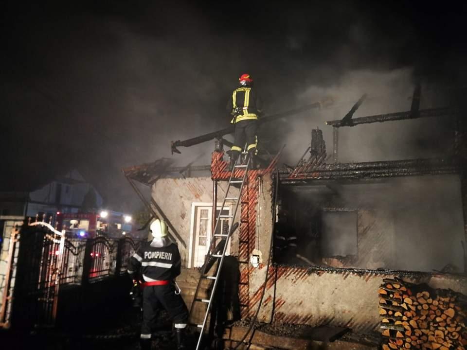 incendiu casa mijlocenii bargaului (1)