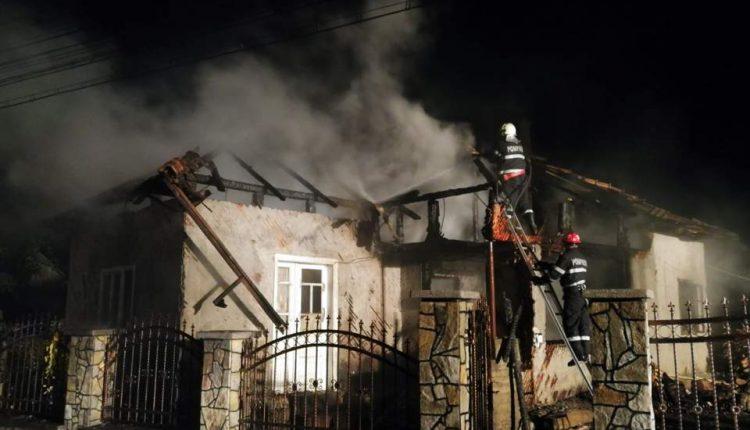 incendiu casa mijlocenii bargaului (3)