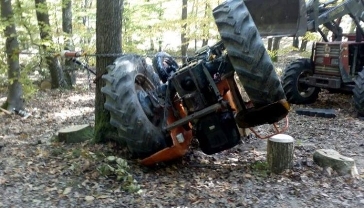 tractor rasturnat accident mortal