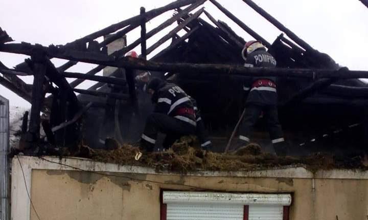 incendiu casa simisna