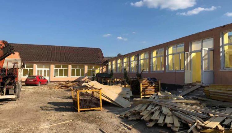 constructie scoala nires