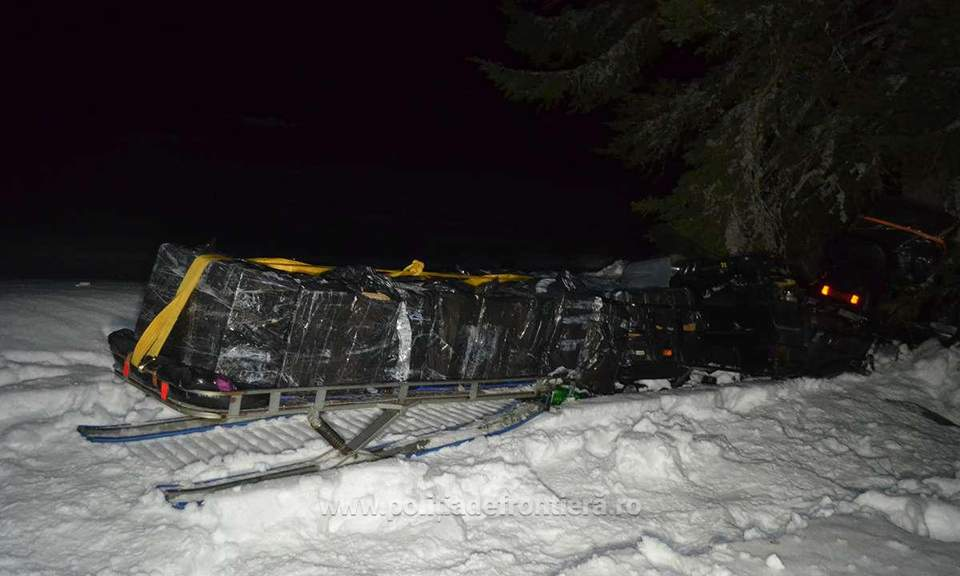 tigari contrabanda snowmobil