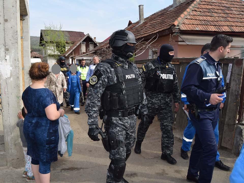 actiune politia Floresti