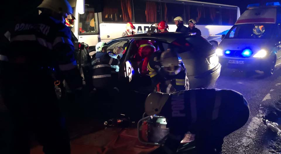 accident autocar descarcerare (2)